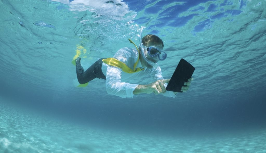 Are Your Pay and Rewards Plans Putting Employee Engagement Under Water?